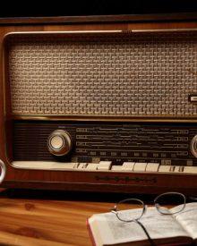 Giấy phép quảng cáo trên radio